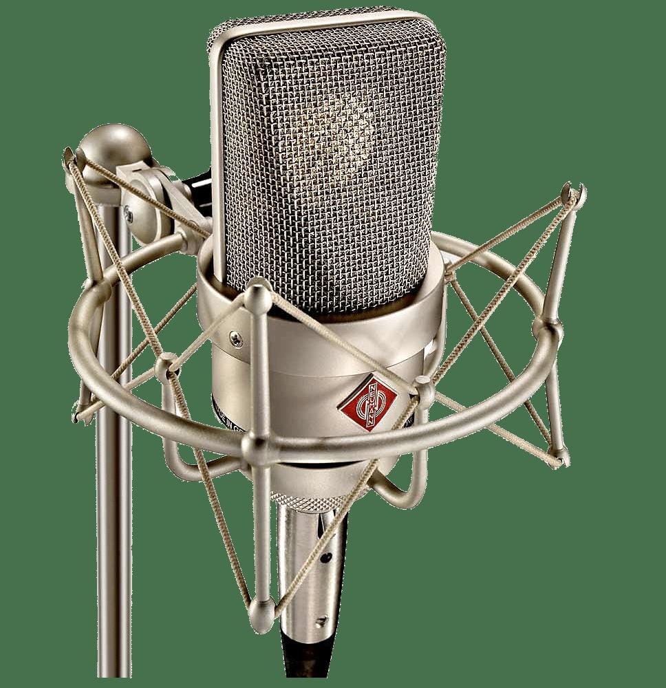 Stevie Cripps uses Neumann TLM 103 for VoiceOver work
